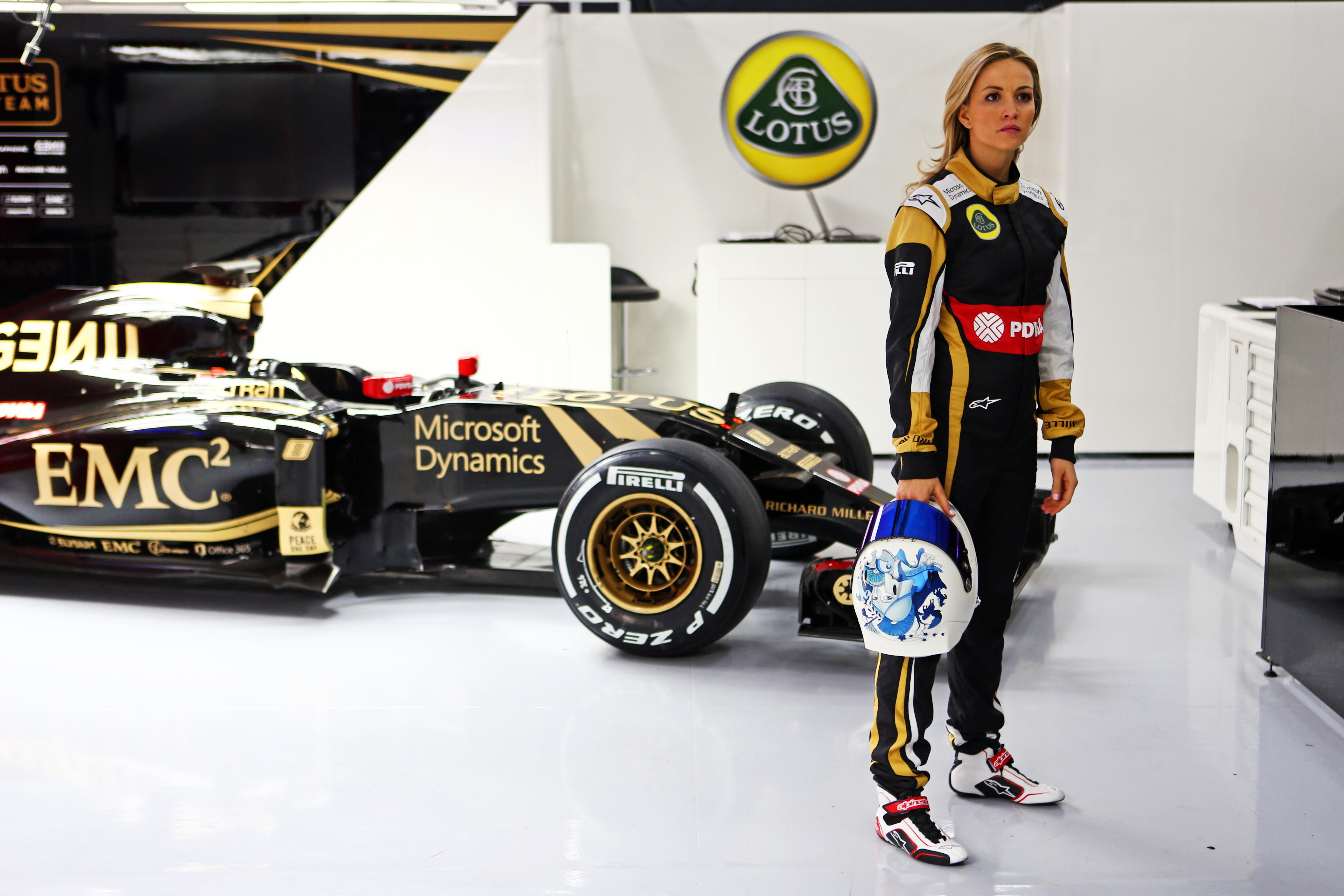 Carmen Jorda (ESP) Lotus F1 Team. Formula One Testing, Day 1, Thursday 26th February 2015. Barcelona, Spain.