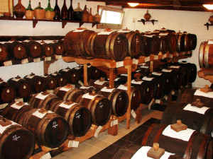 Barrels_vinegar-1024x773