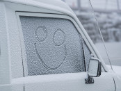 Snow flakes have fallen overnight with 2cm of fresh snow_(c) Mt Buller_A...