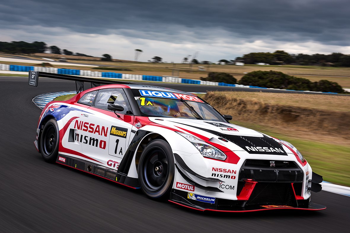 nissan ready for bathurst 12 hour defence after successful. Black Bedroom Furniture Sets. Home Design Ideas