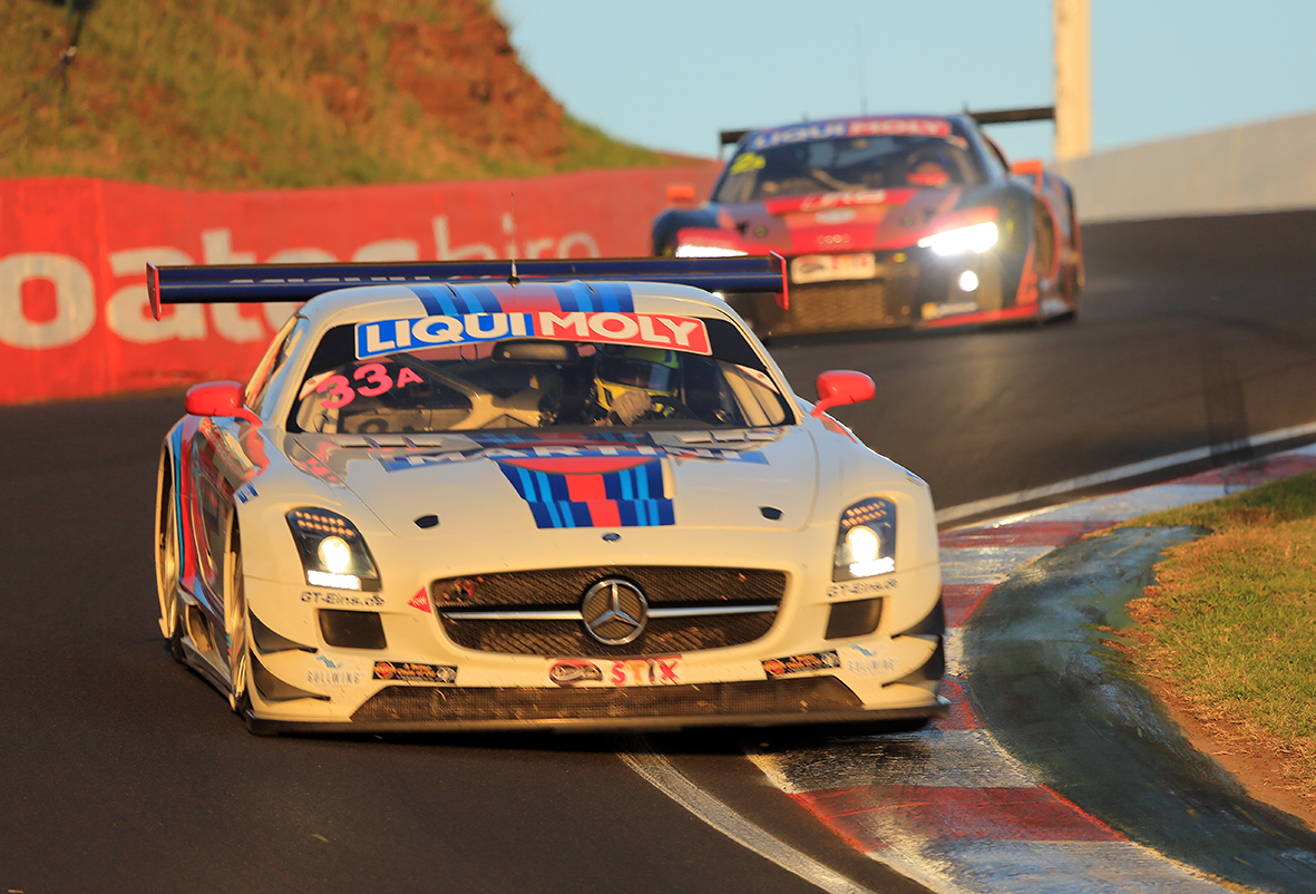 racing at the esses