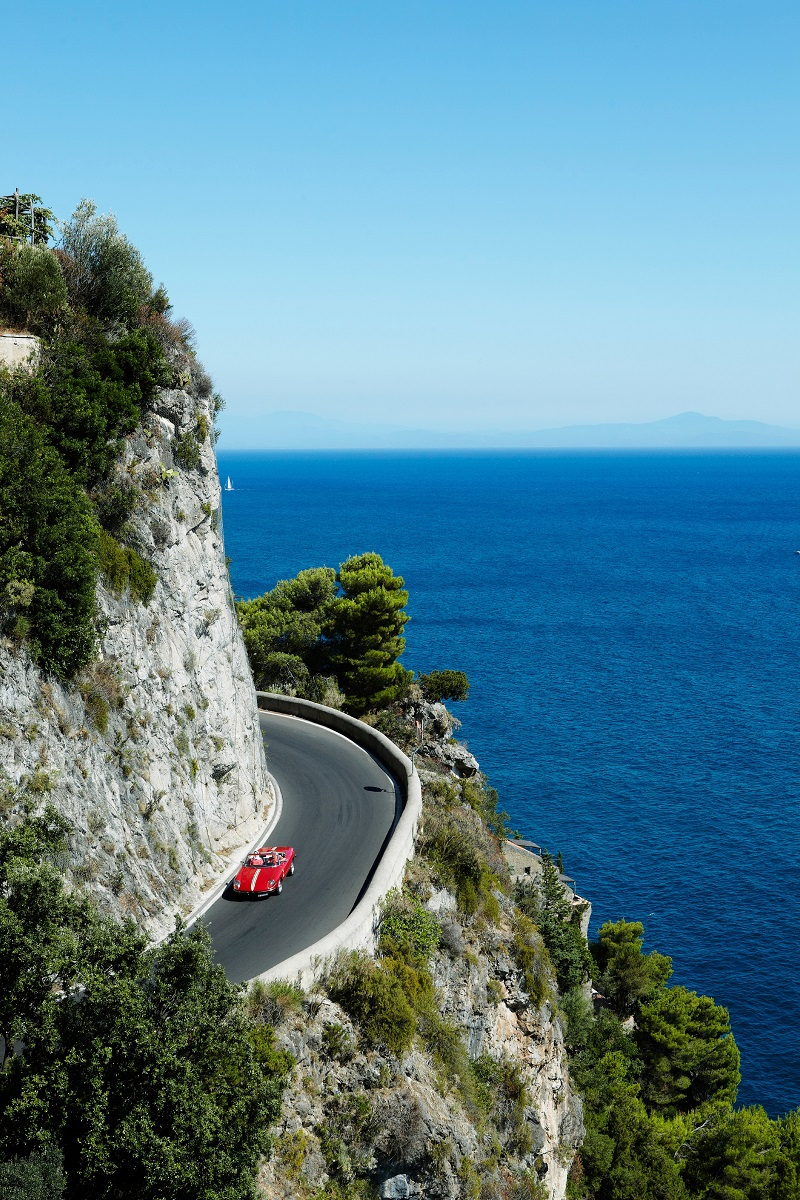 Rent a 1973 Alpha Romeo and discover the hairpin bends of Amalfi Coast - ©Mark Read/Lonely Planet