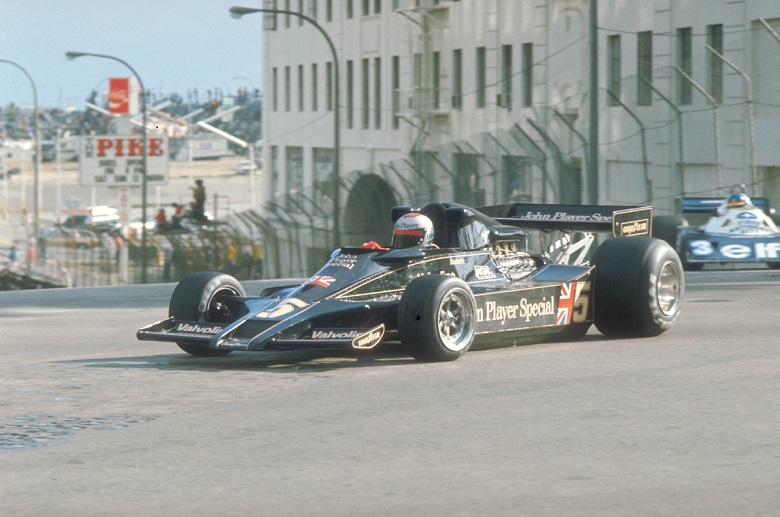 United States Grand Prix West Long Beach California 1977. Mario Andretti in his Lotus Ford. CD#0776-3301-3813-102